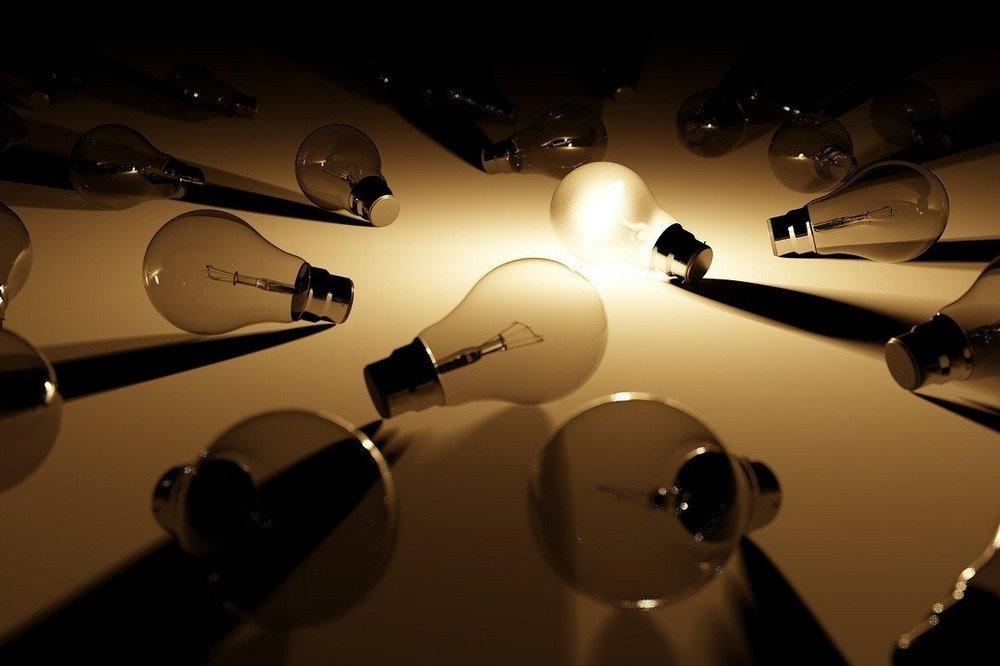 Zo moet je energieleveranciers vergelijken